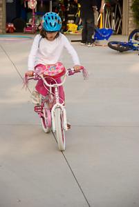 2008 May - Gina Loses the Training Wheels