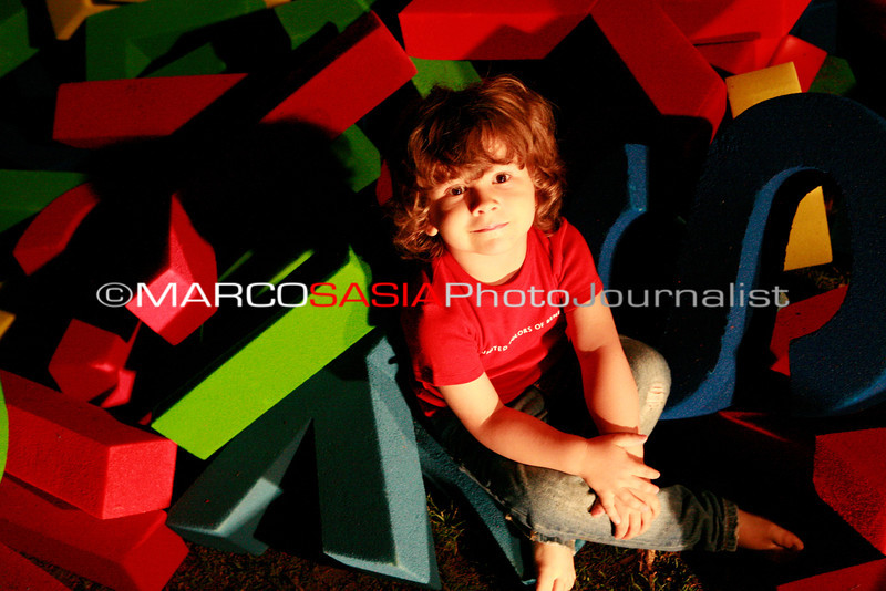 0272-zooart-01-2012.jpg