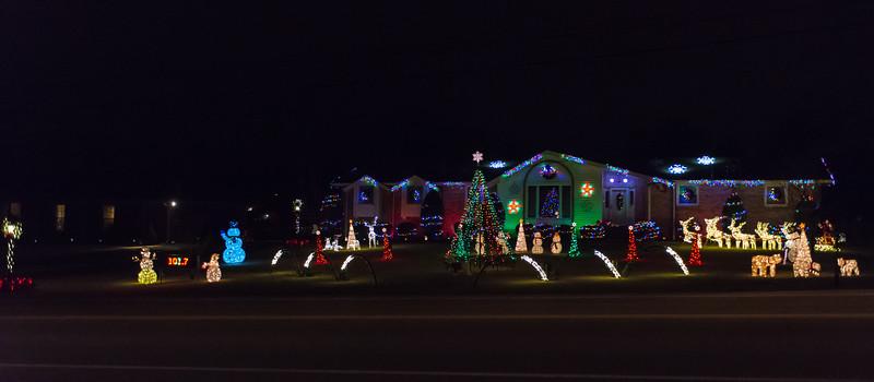 Lights at Luna Lane - December 17, 2016