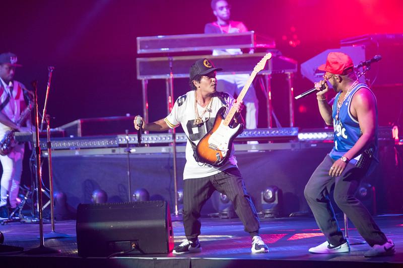 Bruno Mars-67302.jpg