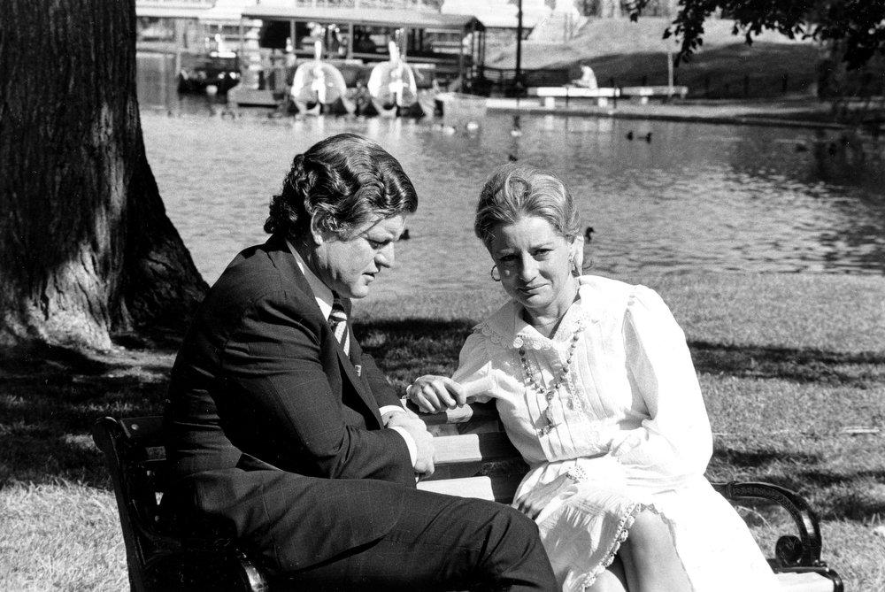 . Television newswoman Barbara Walters interviews Sen. Edward M. Kennedy, D-Mass., in Boston\'s Public Garden, May 28, 1976. (AP Photo)