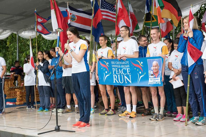20170202_Peace Run Denpasar w_Mayor_165.jpg