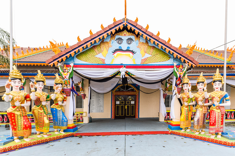 Stockton_Buddhist_Temple_01.jpg