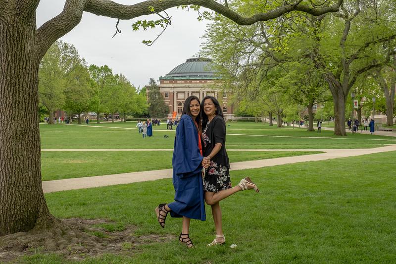 Sandhya Graduation-888.jpg