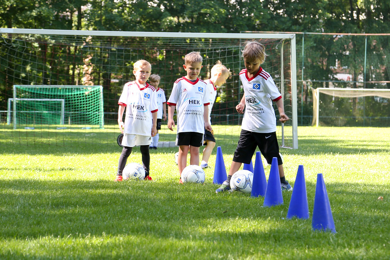 hsv_fussballschule-172_48048031392_o.jpg