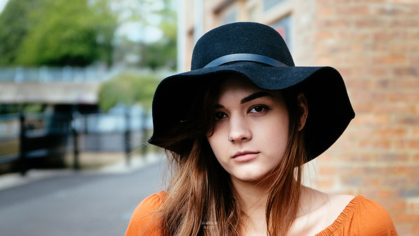 Nicola N - Orange