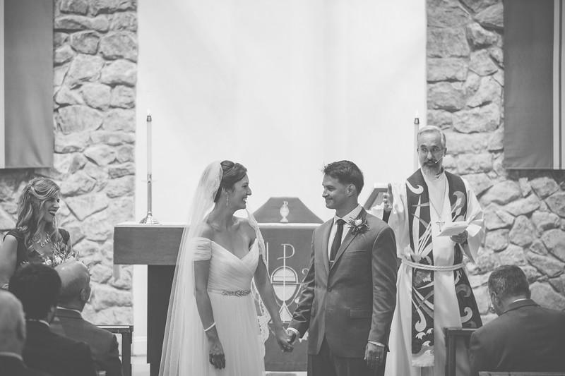 MP_18.06.09_Amanda + Morrison Wedding Photos-8-2421-BW.jpg