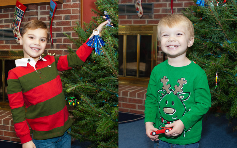20111210_xmas_tree_decorating_0010.jpg