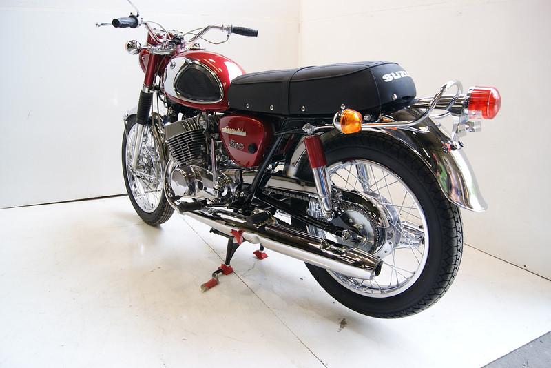 1968T500 4-10 159.JPG