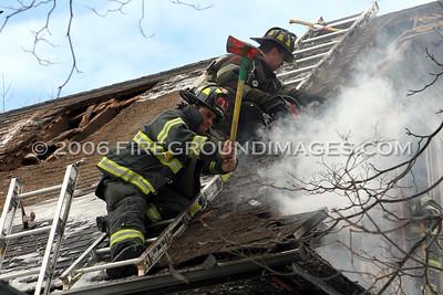 Ella Grasso Blvd. Fire (New Haven, CT) 1/16/06