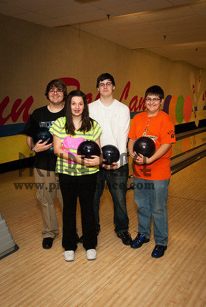 Sunray Lanes bowling