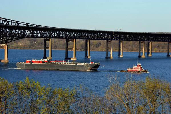 Marjorie Mc Allister /  B no 364 4/21/13 Newburgh - Beacon Bridge 16:55 hd hrs