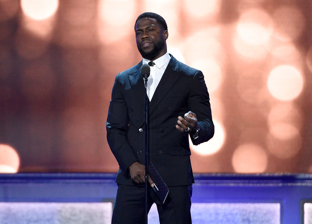 . Kevin Hart presents the award for best supporting actress at the 22nd annual Critics\' Choice Awards at the Barker Hangar on Sunday, Dec. 11, 2016, in Santa Monica, Calif. (Photo by Chris Pizzello/Invision/AP)