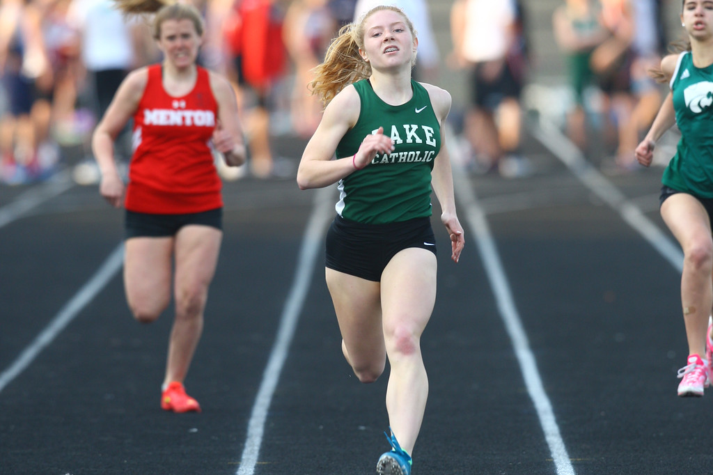 . 2018 - Track and Field - Willoughby South Invitational. 400 Meter Dash.  Chloe Keating won from Lake Catholic in a time of 60.96.