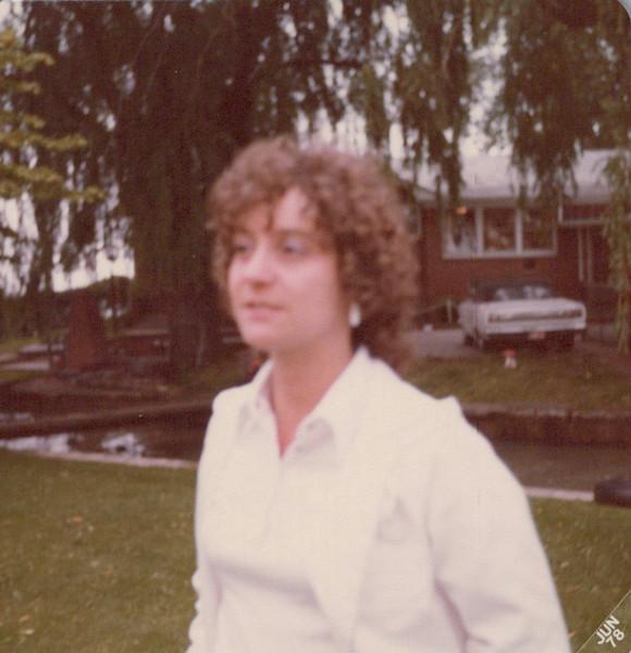 1978_unlabeled_0008.jpeg
