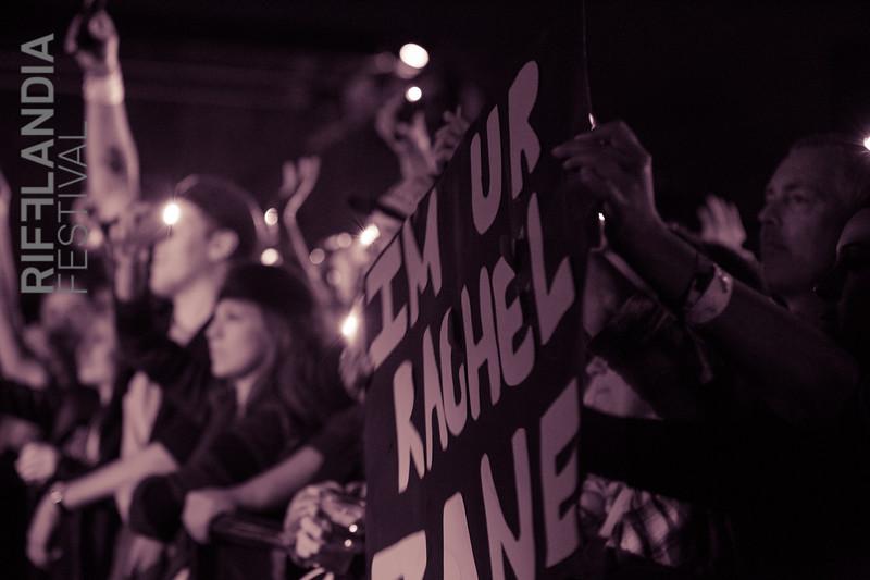 © Amus Beast Osaurus www.amusproductions.com