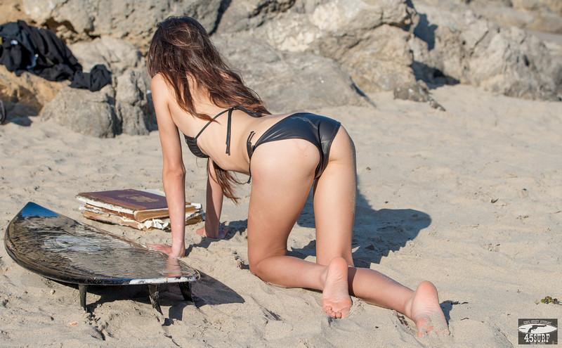 Nikon D800E Photos Pretty Asian Swimsuit Bikini Model Goddess