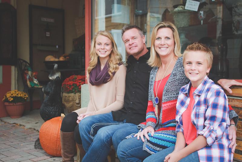 MEYERS FAMILY FALL MINI SESSION EDITED.JPG