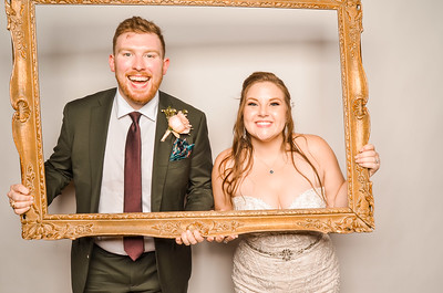Cameron & Thad's Wedding Photo Station