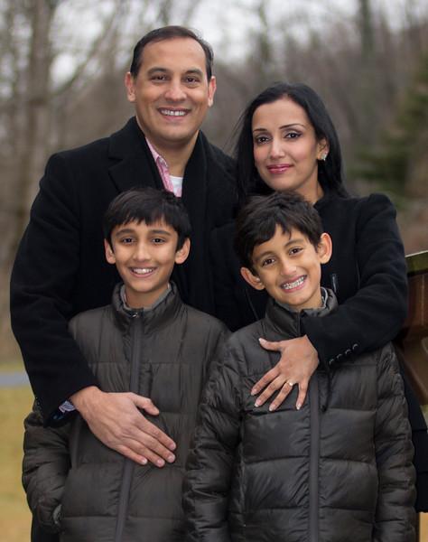 2016 12 Pabla Family Photo Session (46).JPG