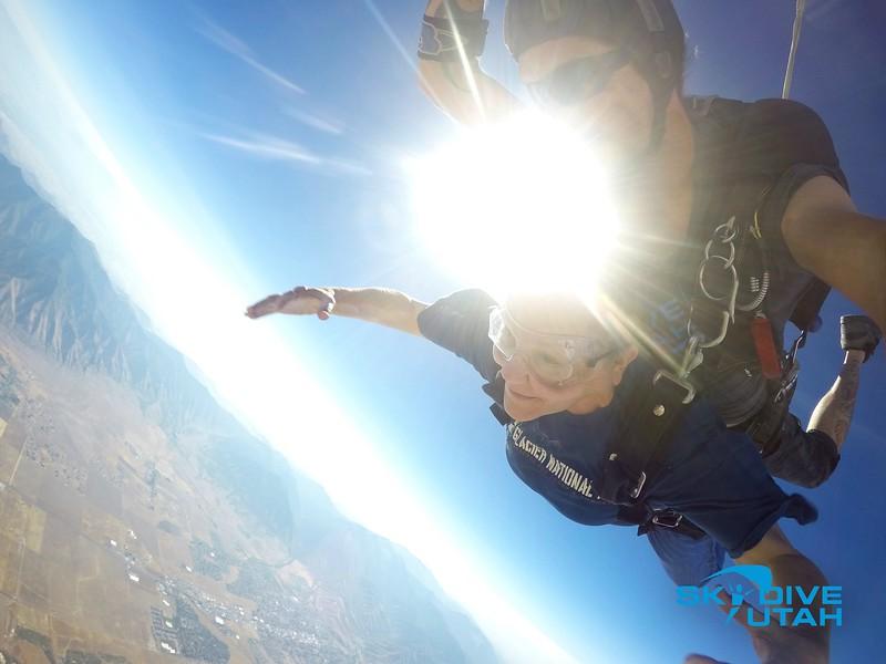 Lisa Ferguson at Skydive Utah - 26.jpg
