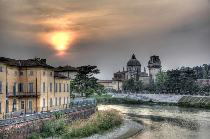 Verona Sunsetdesktop.jpg
