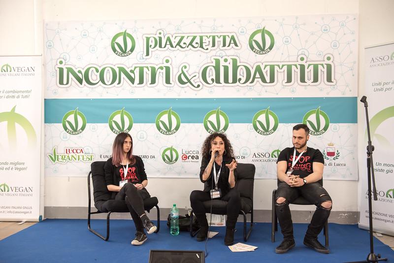 lucca-veganfest-conferenze-e-piazzetta-020.jpg