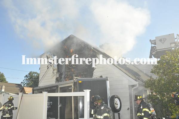 LEVITTOWN FD HYACINTH RD FIRE 8-30-11
