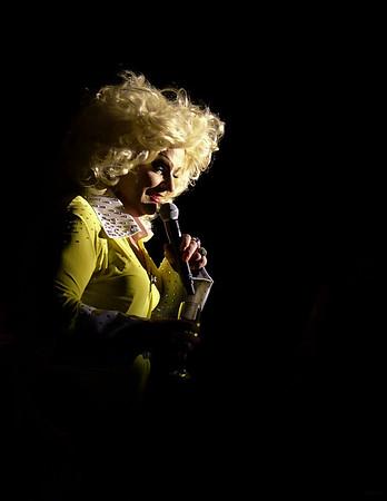Dolly Diamond - Parton Me