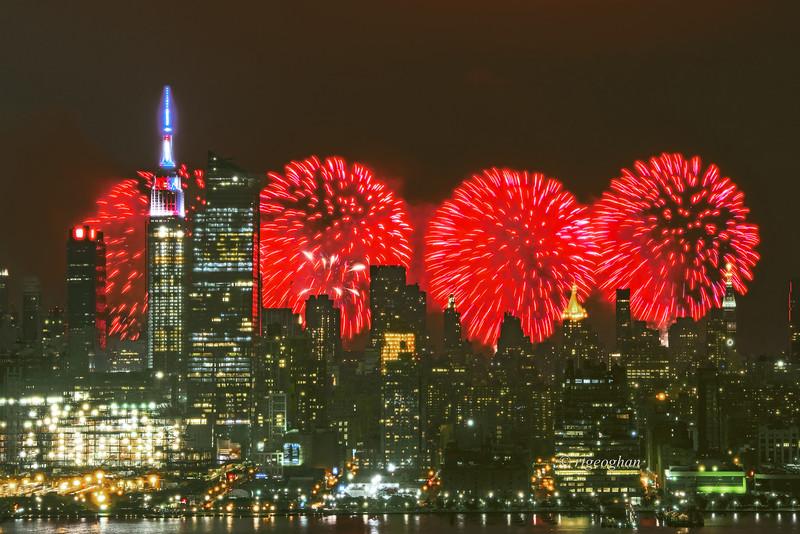 NYC-Macy's Fireworks 2016
