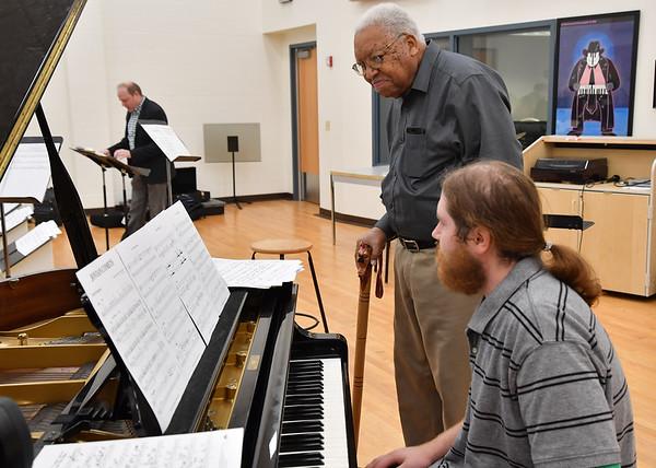 Marsalis, Ellis with jazz students-Sept. 2017-Rick Haye
