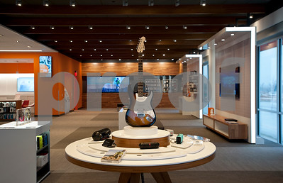 new-att-store-offers-interactive-buying-experience