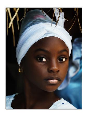 Cubans of all ages: Color candid portraits