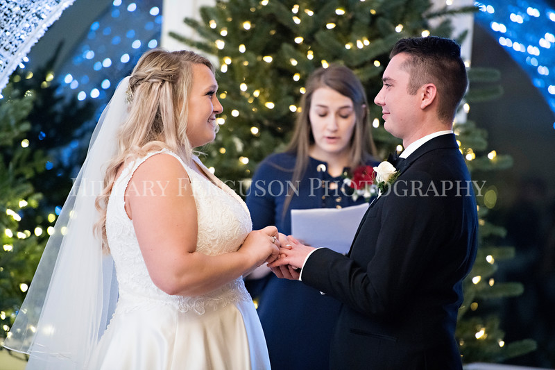 Hillary_Ferguson_Photography_Melinda+Derek_Ceremony102.jpg