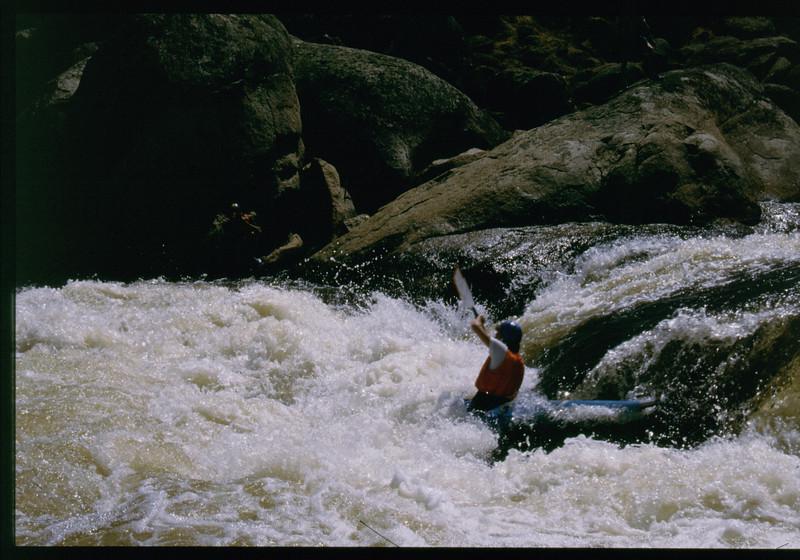 kayak-1141233345.jpg