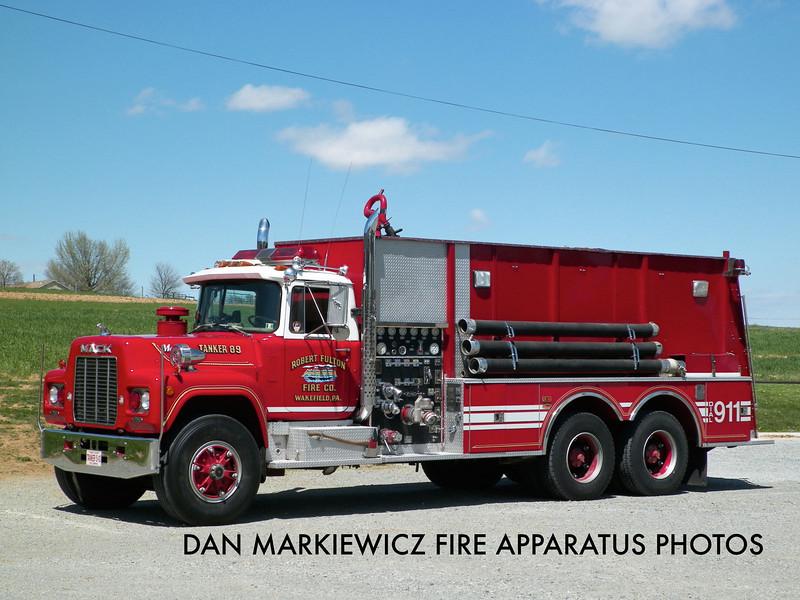 ROBERT FULTON FIRE CO. TANKER 89 1984 MACK/PIERCE TANKER