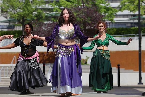 2015 Rossini Festival - Sandsation Dancers