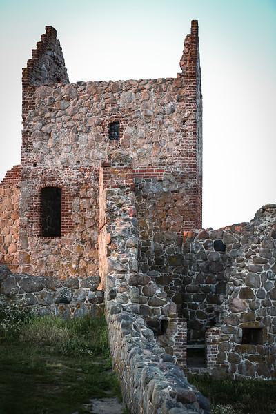 Castle EDITS 6.6.18 (112 of 114).jpg