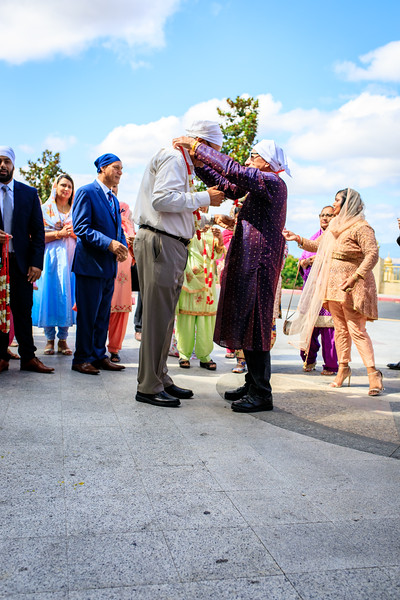 Neelam_and_Matt_Gurdwara_Wedding-1276.jpg