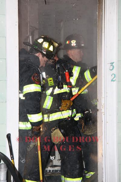 Chelsea, MA - Working Fire, 32 Warren Ave, 2-1-09