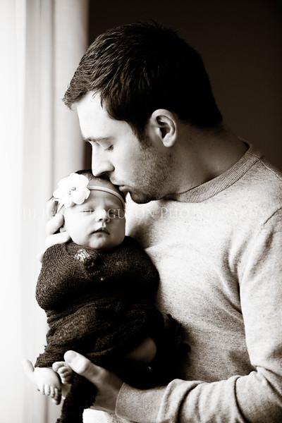 Hillary_Ferguson_Photography_Carlynn_Newborn096.jpg