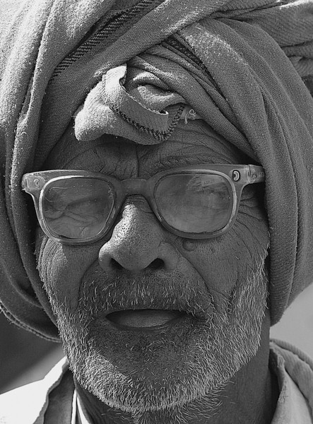 NE-INDIA-20041124A-28A-BW.jpg