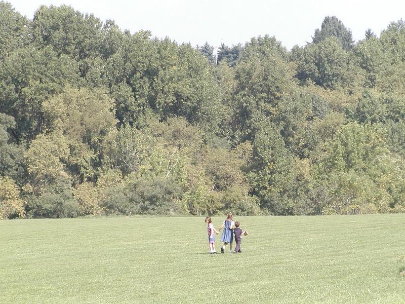 2002-09-29-Community-Field-of-Dreams-Tour-1_101.jpg
