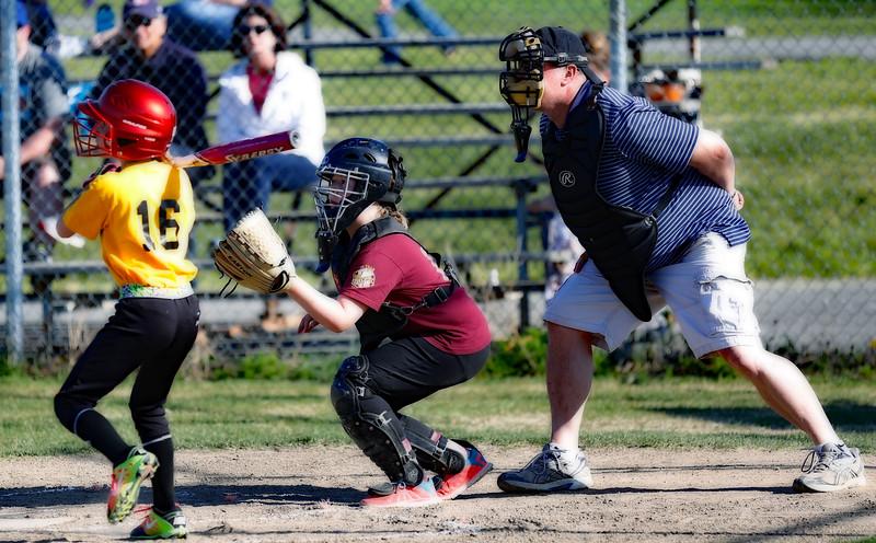 Alexis-AOR-Softball-2016-072.jpg