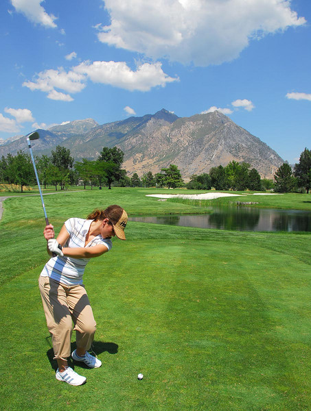 7/27/07 – I play more golf with Jessica than anyone else. It has been fun to spend the time with her. She has developed a great swing. She hit the green and two putted for par.
