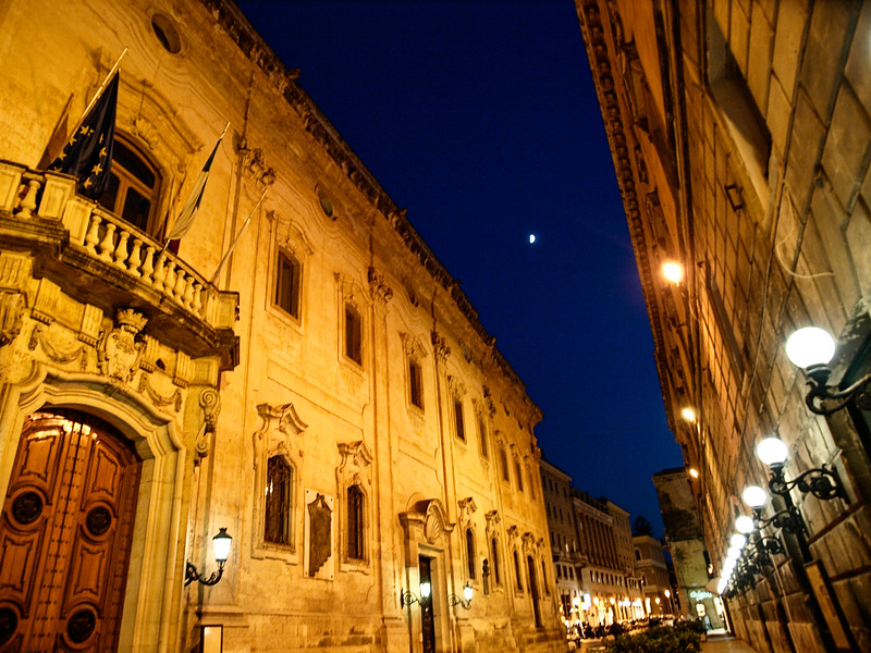 Night walking in Lecce
