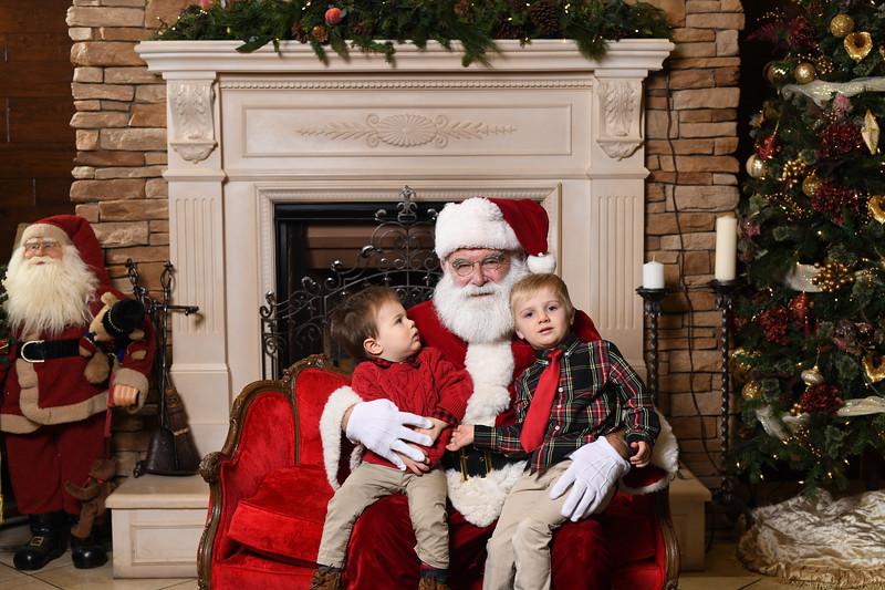Santa2018.TylerBoye.-39.jpg