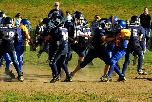 Wallkill Fighting Panthers vs Washingtonville Bulldogs - Football - 10-14-07