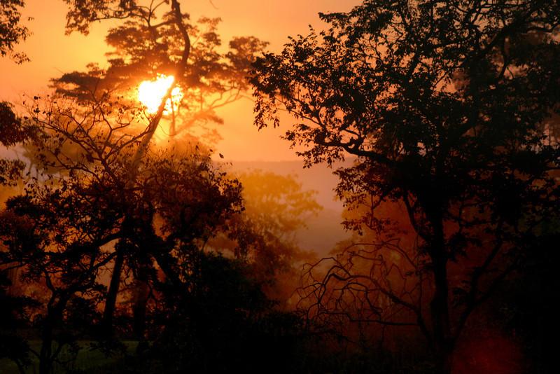 084 Nkhotakota - Dusty Sunset.jpg