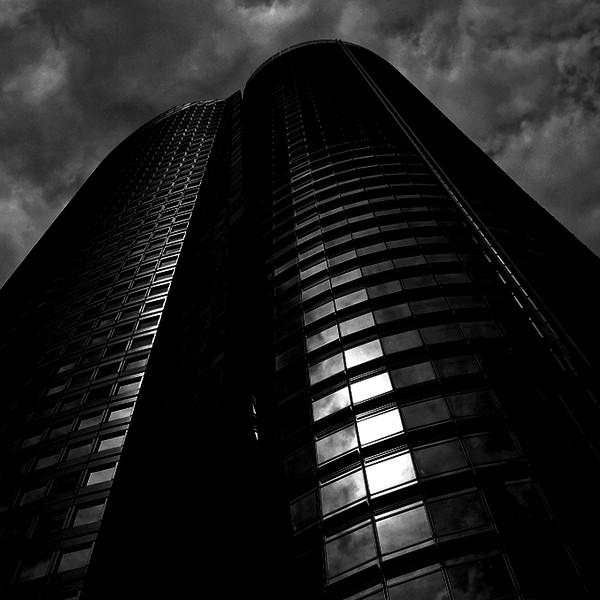 (6)-Ropongi Hills tower in storm clouds - Version 2.jpg